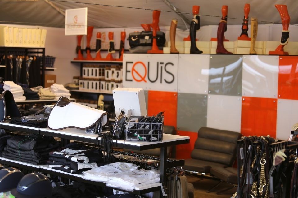 Equis boutique introduces new 2016 location at lamplight for Boutique center